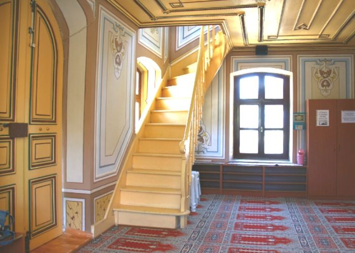 Büyükada Hamidiye Camii Üst Kat Çıkış Merdiveni