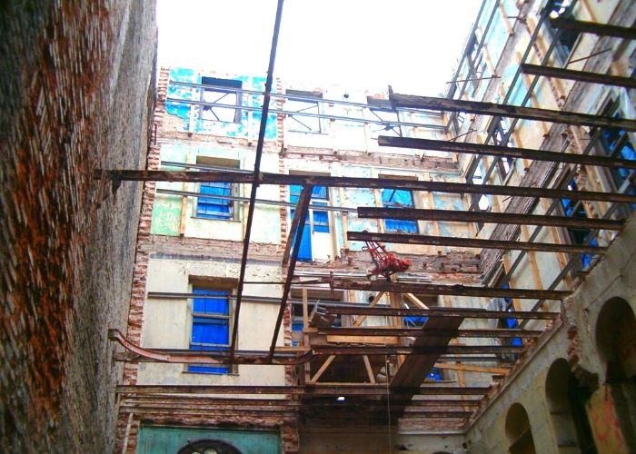 Eski Volta Döşeme Demirlerinin Bina içinin Yıkımı Sonrası Görünüşü
