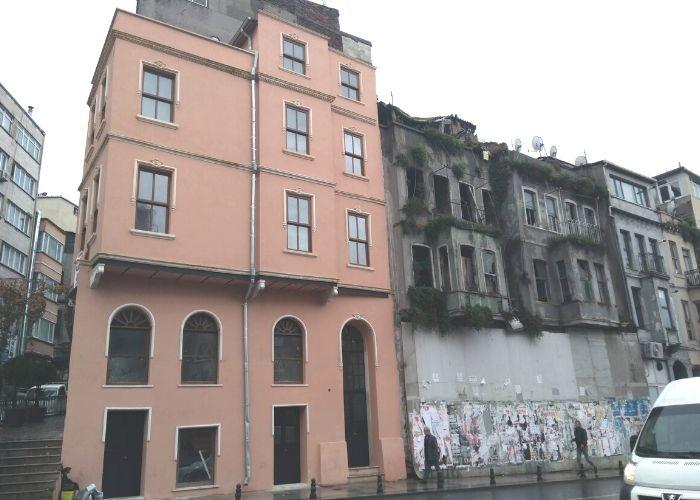 Tarlabaşı Önder Akyürek evi Restorasyon Sonrası