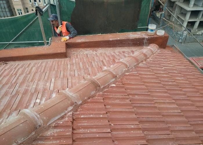 Tarlabaşı Önder Akyürek evi Çatı Görünüşü