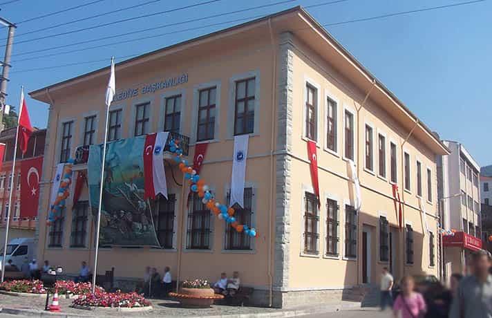 inebolu belediye binası